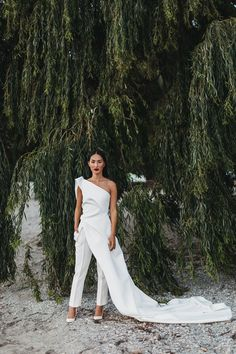2537 best vogue weddings images on pinterest nicole warne of gary pepper girl had a wedding at the edge of the earth in new zealand junglespirit Gallery