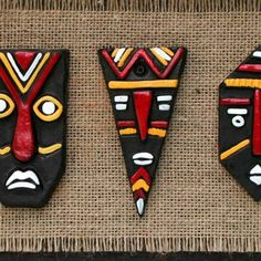 Discover thousands of images about Cloud Zoom small image African Art Projects, African Crafts, Clay Wall Art, Clay Art, Paper Clay, Art N Craft, Craft Work, Cardboard Crafts, Clay Crafts
