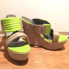 """NEW Snake & Lime Wedge New Maker's wedge. Bright neon lime green padded strap with faux snake suede embossed print detail and faux beige leather. Nude velvet / faux suede 1¾"""" platform, 5¼"""" wedge. Please note!!! Size 8.5 but fits like an 8 in my opinion. I will list it as an 8 Shoes Wedges"""