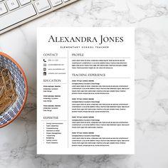 Resume Template/CV + Cover Letter by Kingdom Of Design on @creativemarket Teacher Resume Template, Resume Design Template, Resume Template Free, Teacher Resumes, Student Resume, Design Templates, Student Teacher, Resume Writing Tips, Resume Tips