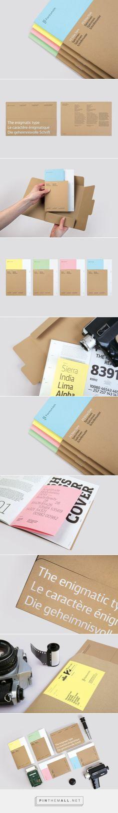 Deux types de papier couleur + kraft