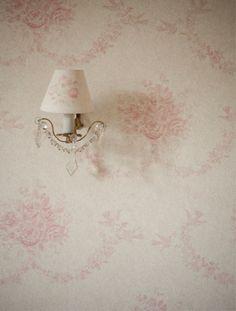 source: Kate Forman ~ love this Kate Forman wallpaper