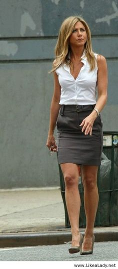 I really like this work outfit. And Jennifer Aniston!!!!