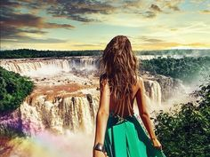 the Iguazu waterfalls in Brazil (the pic of the photo series by Russian Photographer, Murad Osmann) Motivation Business, Iguazu Waterfalls, Murad Osmann, Voyager Loin, Photo Couple, Jolie Photo, Foto Pose, Honeymoon Destinations, Photography Tutorials