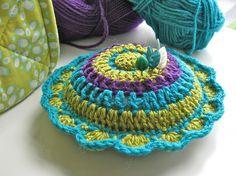 tangled happy: Dahlia Pin Cushion free pattern