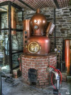 Schnappsbrennerei- Schnapps/eau-de- vie destillery, Germany