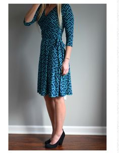 love this dress 41 Hawthorn Renesme Graphic Print Faux Wrap Dress because the neck line is flattering, but not too low. Modest Dresses, Sexy Dresses, Cute Dresses, Fashion Dresses, Dresses For Work, Wrap Dresses, Modest Clothing, Sleeve Dresses, Event Dresses