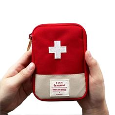 Oxford Cloth Outdoor Camping Portable First Aid Kits Emergency Medical Box Mini Survival Hiking Bag Unisex Outdoor Tools 18*14CM