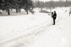 winter wedding wonderland Joel Ross Photography Kildonan Park Winnipeg wedding pictures