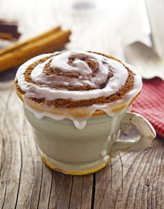 (Paleo) Cinnamon Roll In A Mug via @miketriathlon --- TO DECARB: Replace maple syrup and coconut sugar with sweeteners.
