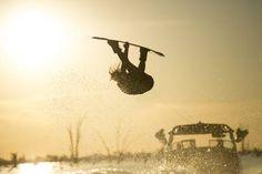 Red Bull Illume es el mayor concurso internacional de fotografía del mundo dedicado a la acción y los deportes de aventura . Tiene como objetivo acercar al público al mundo de los deportes de riesgo y acción. Esta es la cuarta edición del concurso, en la que se ha añadido la categoría móvil.