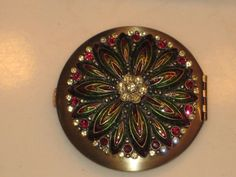 Two's Company Austrian Crystal Make Up Mirror in box with pouch #TwosCompany