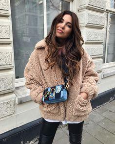 Cozy winter style with Negin Mirsalehi. #wintertime #wintercoat #leatherpants #longhair #hairstyle #neginmirsalehi #fabfashionfix