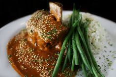 ... Salt-Crusted Beef Tenderloin Grilled in Cloth (Lomo al Trapo