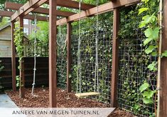 Pergola with swing and climbing rope # climbing rope # swing Bien soigné, Pergola Attached To House, Pergola With Roof, Steel Pergola, Corner Pergola, Vinyl Pergola, Pergola Swing, Pergola Patio, Black Pergola, Rope Swing
