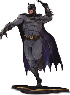 DC Core Batman PVC Statue : Forbidden Planet