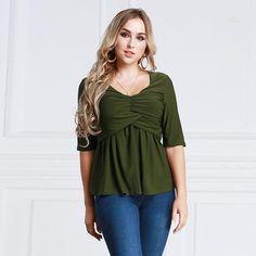 68c8e925dbb7 18 Best Women s plus size clothing images