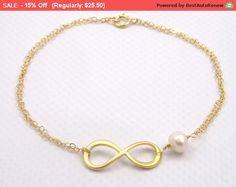 Freshwater Pearl Bracelet, Gold Bracelet, Gold Infinity Bracelet, Bridesmaid Gift Idea, Best Friends Gifts for Sister Gifts for Friends