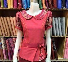 Batik Kebaya, Kebaya Dress, Blouse Batik, Batik Dress, I Love Fashion, Womens Fashion, Batik Fashion, Kitenge, Ankara