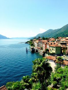 Lago maggiore; Italy is just so beautiful (molto bene)!!!