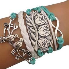 I would love this bracelet for my sister!