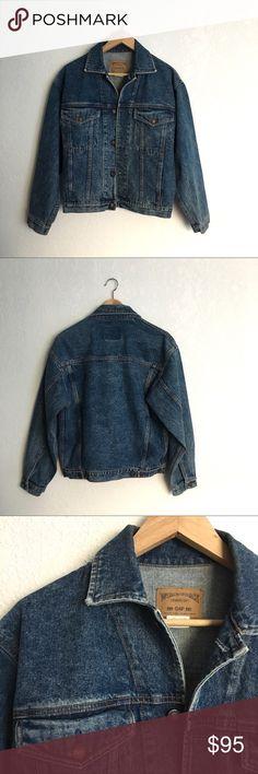 "80's Vintage Gap Denim Jacket The perfect denim jacket. Amazing shape. Men's size XS. Suggested size ladies S/M. 21.5"" across chest, 22"" length from shoulder. Measured flat. Vintage Jackets & Coats Jean Jackets"