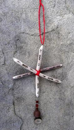 Elven Glory Cross combines the protective powers of Thorn with the divine force of Ash and the growth potential of Oak