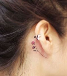 Le tatouage des oreilles très populaire en Corée du Sud