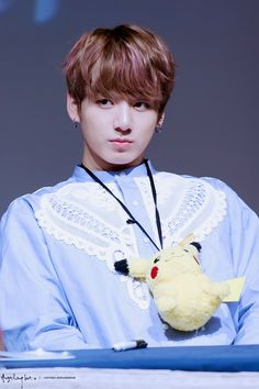 Find images and videos about kpop, bts and jungkook on We Heart It - the app to get lost in what you love. Bts Jungkook, Taehyung, Jung Kook, Busan, Saranghae, Chanbaek, Foto Bts, Taekook, K Pop