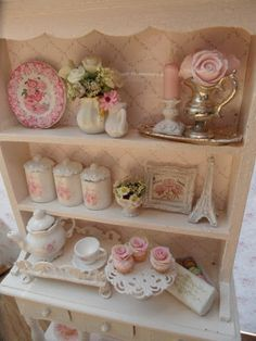 Shabby Chic Kitchen Hutch More photos of shabby chic furniture and decor at… Cocina Shabby Chic, Shabby Chic Kitchen Decor, Shabby Chic Living Room, Shabby Chic Interiors, Shabby Chic Bedrooms, Shabby Chic Homes, Shabby Chic Furniture, Pink Furniture, Cottage Furniture