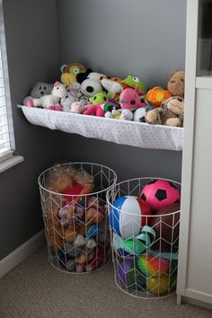 20 Brilliant Stuffed Animal Storage Solutions - Behind the Mom Bun - Kids play. 20 Brilliant Stuffed Animal Storage Solutions – Behind the Mom Bun – Kids playroom – Kids Storage, Playroom Storage, Storage For Toys, Soft Toy Storage, Playroom Design, Living Room Storage Ideas For Toys, Teddy Storage, School Bag Storage, Playroom Closet