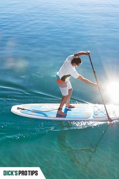 Whether you're looking for a full-body workout or a relaxing day on the water, be sure to know what to look for when buying a paddleboard. Activities Near Me, Outdoor Activities For Adults, Rappelling, Adventure Activities, Extreme Sports, Mountaineering, Paddle Boarding, Rock Climbing, Outdoor Fun