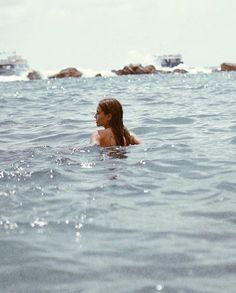 Swimming in the ocean Beach Aesthetic, Summer Aesthetic, Travel Aesthetic, Blue Aesthetic, Summer Feeling, Summer Vibes, Summer Of Love, Men Summer, Style Summer