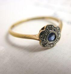beautiful antique ring!