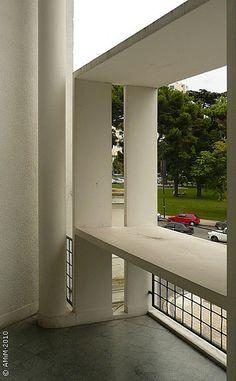 100420-39 LA PLATA - Casa Curuchet (arq. Le Corbusier) - Brise soleil