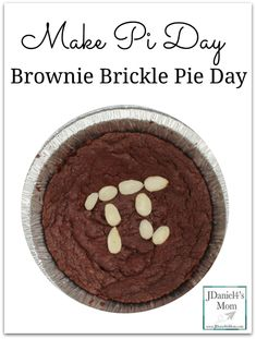 A fun way to celebrate Pi Day with your children to make it a making a pie day. This brownie brickle pie will be a delicious way to celebrate. Pi Day, Best Brownies, Cake Board, Cooking With Kids, Dessert Recipes, Desserts, Quick Easy Meals, Kids Meals, Food To Make