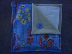 Another pretty napkin holder sewn by Sheila.
