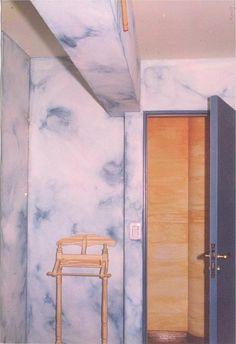 Pátina azul muy dibujada , creativa .....  buscando un diálogo con el observador