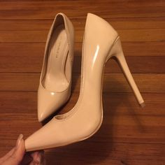 Nude pumps Tried on but too small on me. Never worn Shoes Heels