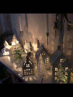 Advent, Table Decorations, Furniture, Home Decor, Dekoration, Decoration Home, Room Decor, Home Furnishings, Home Interior Design