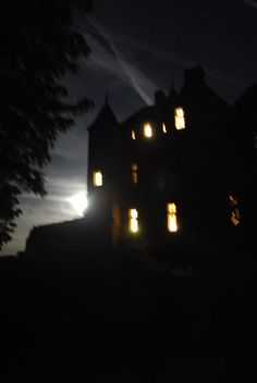 Are there any ghosts in this dreadful castle?