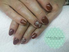 Gel Nails brown