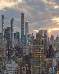 New York Life, Nyc Life, City Aesthetic, Travel Aesthetic, Summer Aesthetic, Places To Travel, Places To Go, Travel Destinations, City Vibe