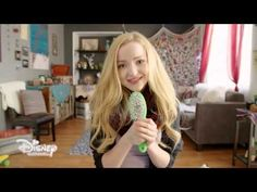 Dove Cameron - What a girl is - Music Video ( versione lunga) What A Girl Is, Chandler Kinney, How Far Ill Go, Disney Descendants, Lisa Frank, Dove Cameron, How I Feel, Karaoke, My Music