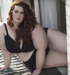 The Biggest Plus-Size Model To Get A Modeling Contract Has Started The #EffYourBeautyStandards Movement. Model Tess Holliday wants to prove that every body is beautiful.