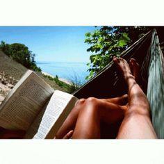 Grab your beach reading at South Haven Memorial Library! Photo shared by Instagram friend @Jordan Villanueva! #PureMichigan