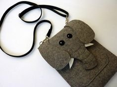 Elephant Kindle and Kindle Paperwhite sleeve - Gray felt - MADE TO ORDER