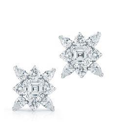 Beautiful Kwiat diamond earrings at DK Gems, Best st maarten jewelry store. You will find a large selection of diamond earrings from famous famous brands at DK Gems the best jewelry store sin st maarten