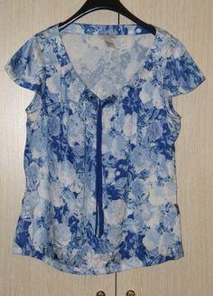 Kupuj mé předměty na #vinted http://www.vinted.cz/zeny/tuniky/9245821-krasna-satenova-bluzka-se-vzorem-ruzi