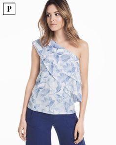 Cut in a flattering one-shoulder silhouette—a trend we love—this top features ruffles layers and a hint of stretch for a relaxed fit. We added light-as-air florals for a fresh take on warm-weather style. ​​ WHBM | Petites Fashion
